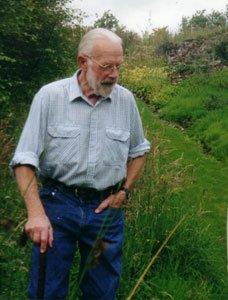 Dr Duncan Troup
